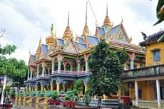 Tham quan chùa nổi tiếng ở Sóc Trăng