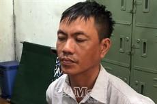 Cà Mau: bắt khẩn cấp thanh niên vờ mua vàng rồi cướp