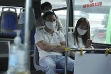 Bộ GTVT: Tài xế, hành khách phải đeo khẩu trang tại bến xe và trên xe