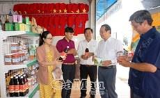 Khai trương điểm giới thiệu, bán sản phẩm OCOP tại Ngọc Hiển