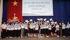 Trao 32 suất học bổng Nguyễn Trường Tộ cho sinh viên nghèo vượt khó