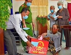 Cảm xúc bầu cử đặc biệt tại Trung tâm Bảo trợ xã hội tỉnh Cà Mau