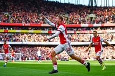 Hàng công thăng hoa, Arsenal đè bẹp Tottenham