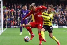 Vòng 8 Ngoại hạng Anh, Man Utd thua thảm trước Leicester City